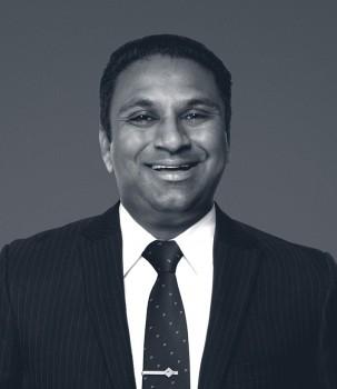 Manny Singh Web