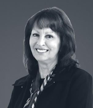Lynne Groenendaal HiRes Square Web