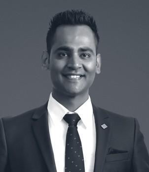 Naval Singh Web