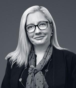 Adele Ewan Web