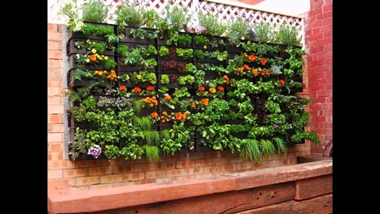 Garden herbs container