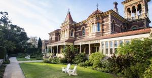 Real estate appraisal Elsternwick VIC 3185